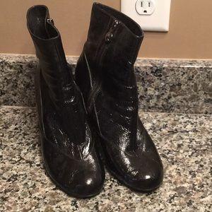 Black Taryn Rose boots